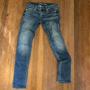 American eagle skinny jeans like new